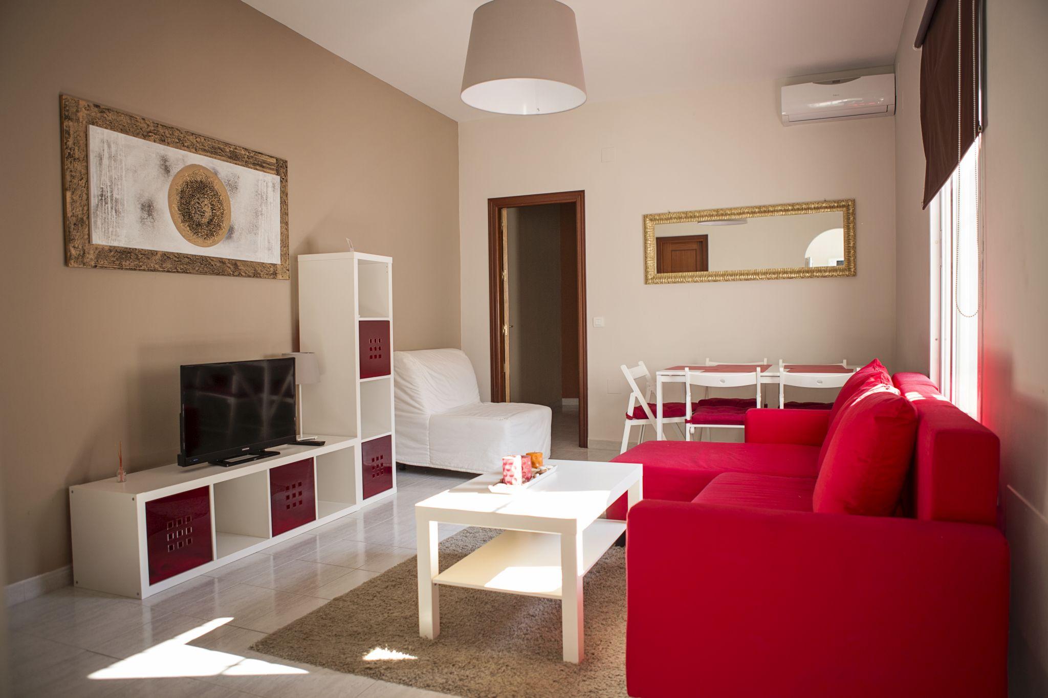 Suncity apartments web oficial alquiler de for Apartamento plaza picasso